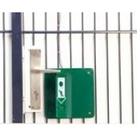 Steel plate to mount an GfS Exit Control 179 onto a fence or lattice door